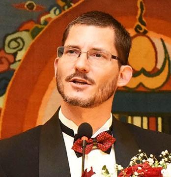 Alumnus Michael Gonzales