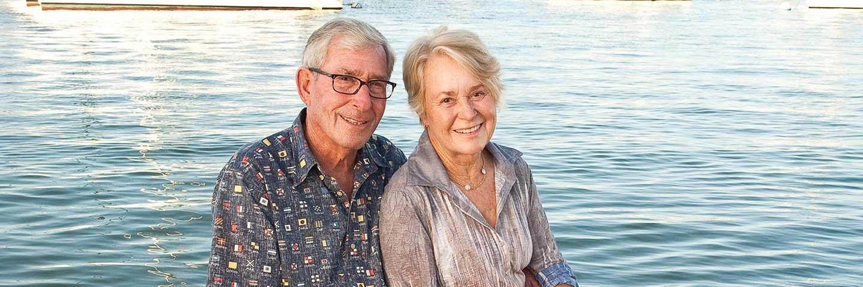 Alumnus Tod White '59 and his wife Linda