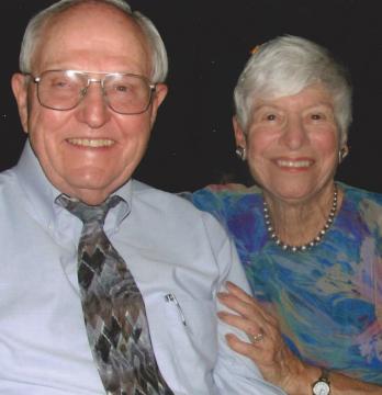 Dottie (Reitzell) Burnett '54 and Jerry Burnett '53